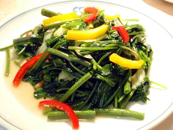 空芯菜とパプリカのガーリック風味.jpg