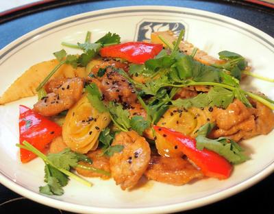 香菜(パクチー)と豚肉の味噌炒め.jpg