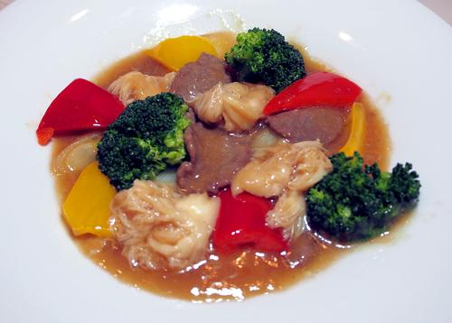 牛肉とヤマブシタケのオイスターソース2.jpg